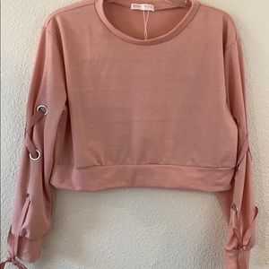 Romwe peach Crop Top lace up Sleeves